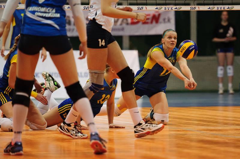 Bratislavský volejbalový klub – VK Slávia EU Bratislava 1 3 (-28 0606ef4c83